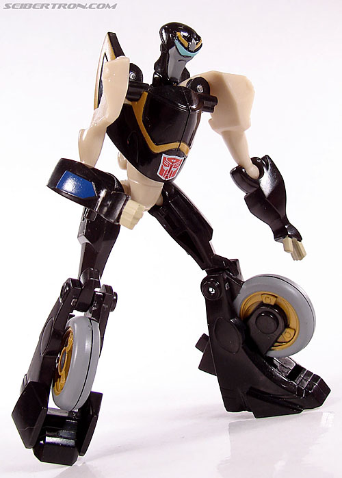 Transformers Universe - Classics 2.0 Prowl (Image #43 of 54)