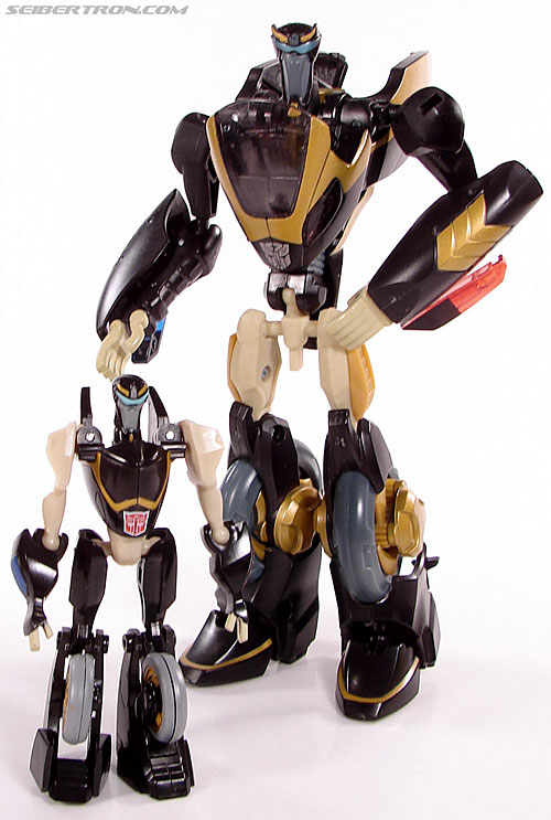 Transformers Universe - Classics 2.0 Prowl (Image #49 of 54)