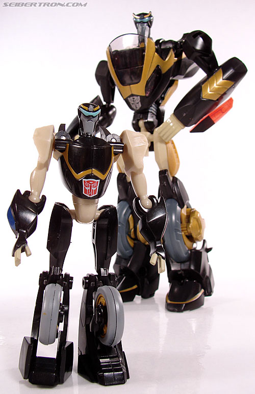 Transformers Universe - Classics 2.0 Prowl (Image #50 of 54)