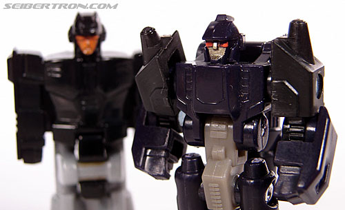 Transformers Universe - Classics 2.0 Nightstick (Image #48 of 55)