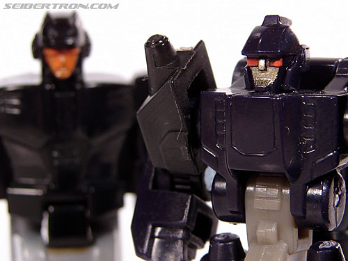 Transformers Universe - Classics 2.0 Nightstick (Image #49 of 55)