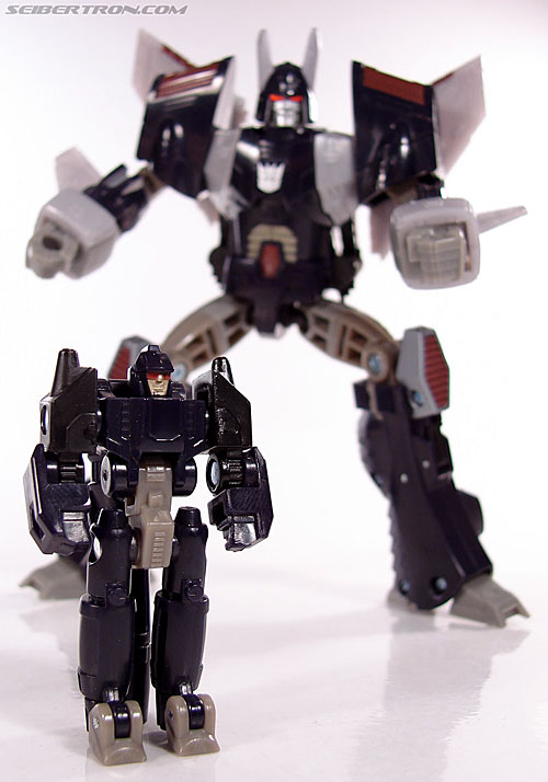 Transformers Universe - Classics 2.0 Nightstick (Image #53 of 55)