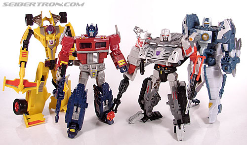 Transformers Universe - Classics 2.0 Overkill (SE-04) (Image #108 of 109)