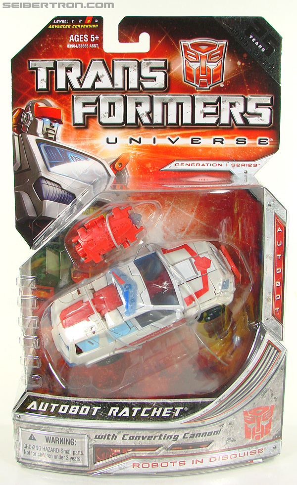 Transformers Universe - Classics 2.0 Ratchet (Image #1 of 177)