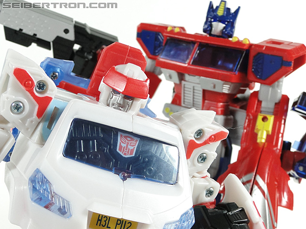 Transformers Universe - Classics 2.0 Ratchet (Image #176 of 177)
