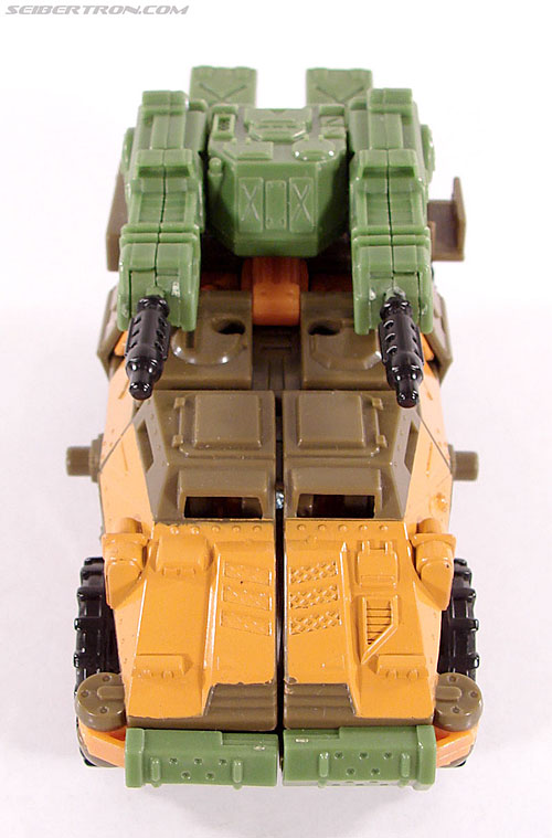Transformers Universe - Classics 2.0 Roadbuster (Image #7 of 89)