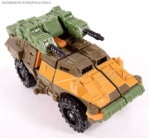 Transformers Universe - Classics 2.0 Roadbuster (Image #10 of 89)