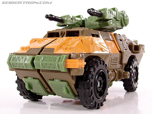 Transformers Universe - Classics 2.0 Roadbuster (Image #17 of 89)
