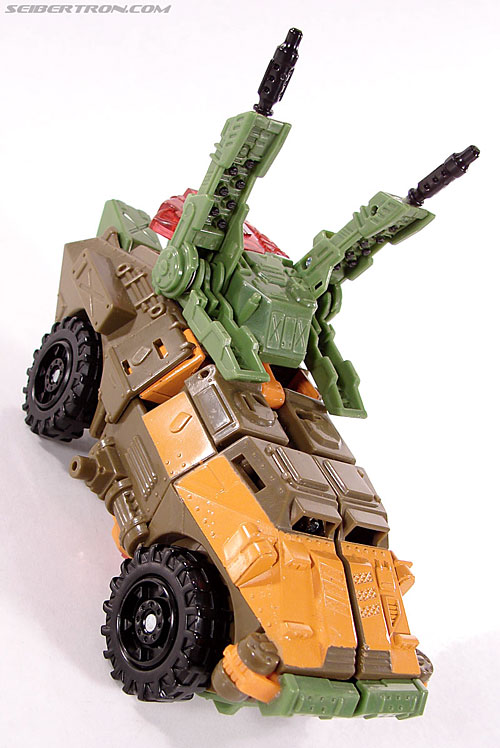 Transformers Universe - Classics 2.0 Roadbuster (Image #22 of 89)