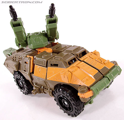 Transformers Universe - Classics 2.0 Roadbuster (Image #23 of 89)