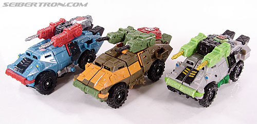 Transformers Universe - Classics 2.0 Roadbuster (Image #25 of 89)