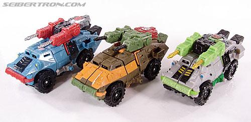 Transformers Universe - Classics 2.0 Roadbuster (Image #25 of 89)