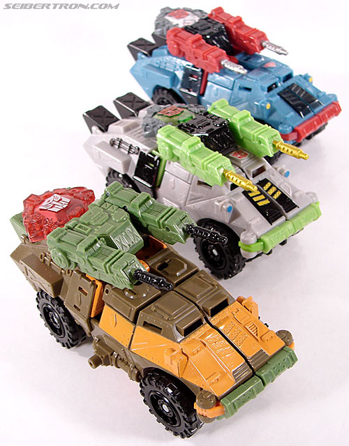Transformers Universe - Classics 2.0 Roadbuster (Image #27 of 89)