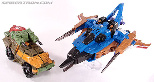 Transformers Universe - Classics 2.0 Roadbuster (Image #28 of 89)