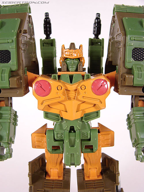 Transformers Universe - Classics 2.0 Roadbuster (Image #35 of 89)
