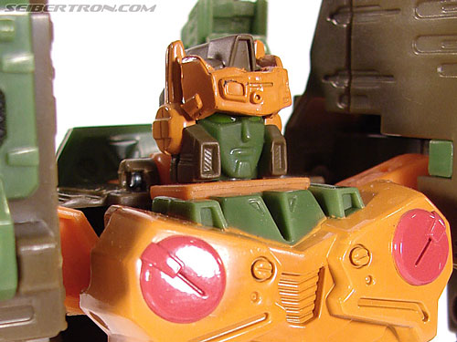 Transformers Universe - Classics 2.0 Roadbuster (Image #40 of 89)