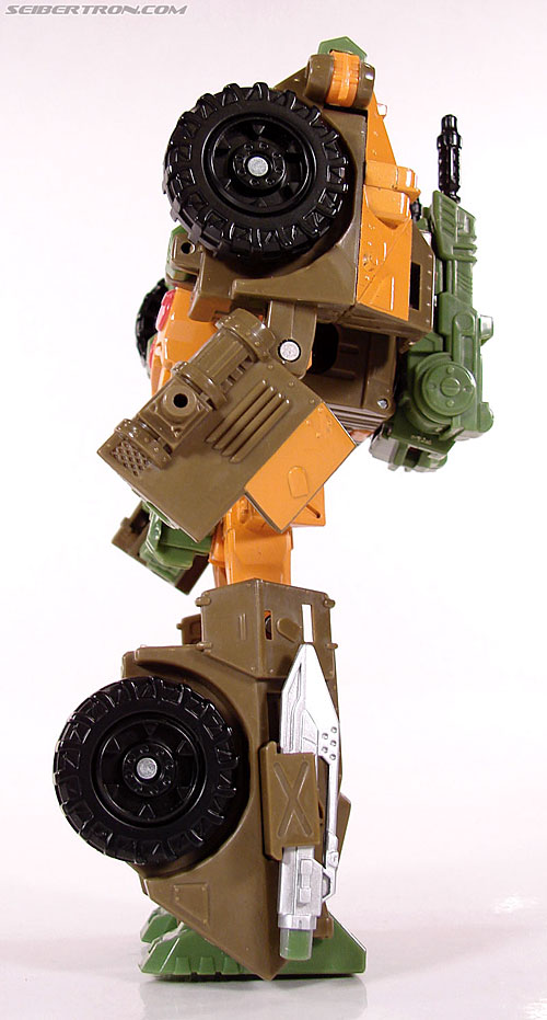 Transformers Universe - Classics 2.0 Roadbuster (Image #46 of 89)
