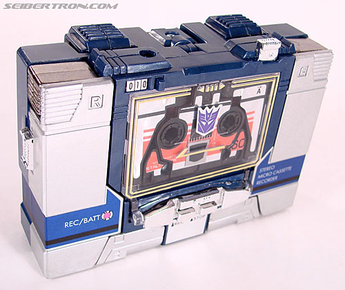 Transformers Universe - Classics 2.0 Laserbeak (Reissue) (Image #3 of 61)