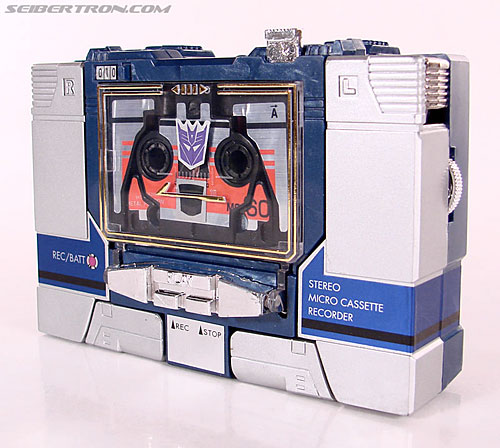 Transformers Universe - Classics 2.0 Laserbeak (Reissue) (Image #4 of 61)