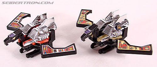 Transformers Universe - Classics 2.0 Laserbeak (Reissue) (Image #50 of 61)