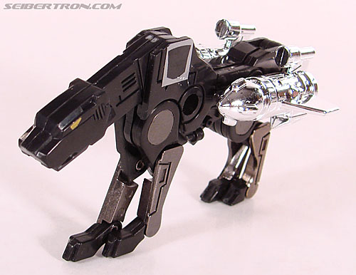 Transformers Universe - Classics 2.0 Ravage (Reissue) (Image #21 of 52)