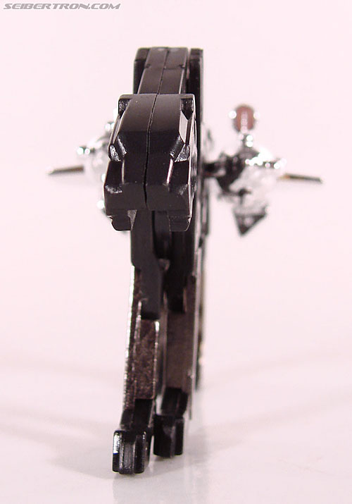 Transformers Universe - Classics 2.0 Ravage (Reissue) (Image #27 of 52)