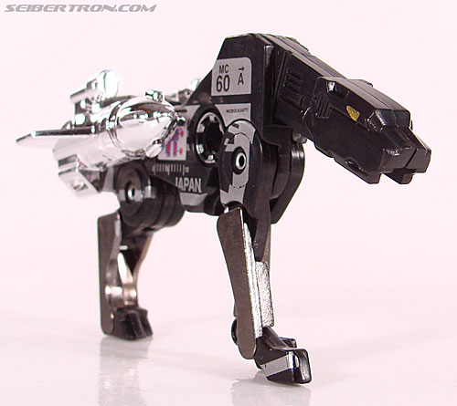 Transformers Universe - Classics 2.0 Ravage (Reissue) (Image #30 of 52)