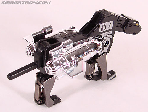 Transformers Universe - Classics 2.0 Ravage (Reissue) (Image #34 of 52)