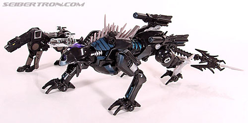 Transformers Universe - Classics 2.0 Ravage (Reissue) (Image #43 of 52)
