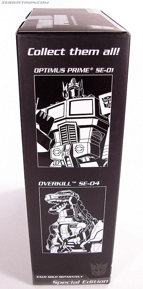 Transformers Universe - Classics 2.0 Megatron (SE-02) (Image #5 of 106)