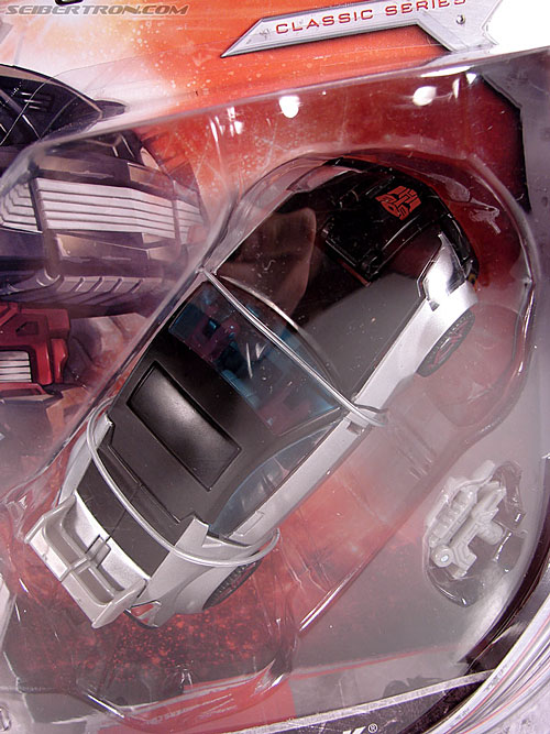 Transformers Universe - Classics 2.0 Silverstreak (Image #2 of 111)