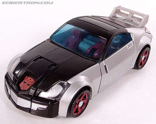 Transformers Universe - Classics 2.0 Silverstreak (Image #29 of 111)