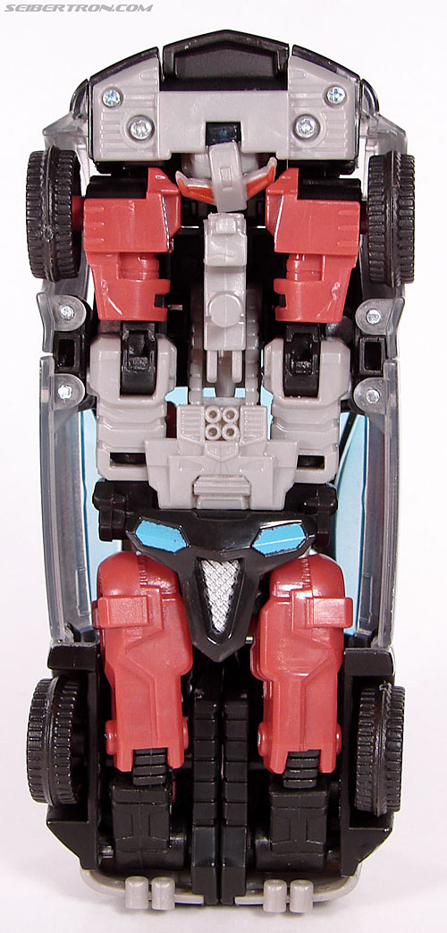 Transformers Universe - Classics 2.0 Silverstreak (Image #33 of 111)
