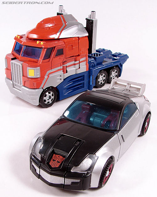 Transformers Universe - Classics 2.0 Silverstreak (Image #35 of 111)
