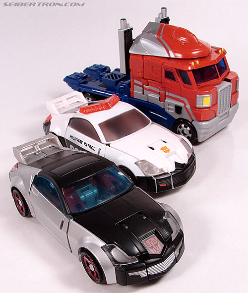 Transformers Universe - Classics 2.0 Silverstreak (Image #37 of 111)