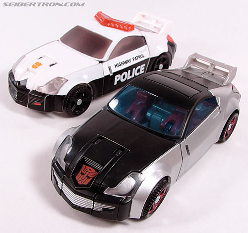 Transformers Universe - Classics 2.0 Silverstreak (Image #41 of 111)