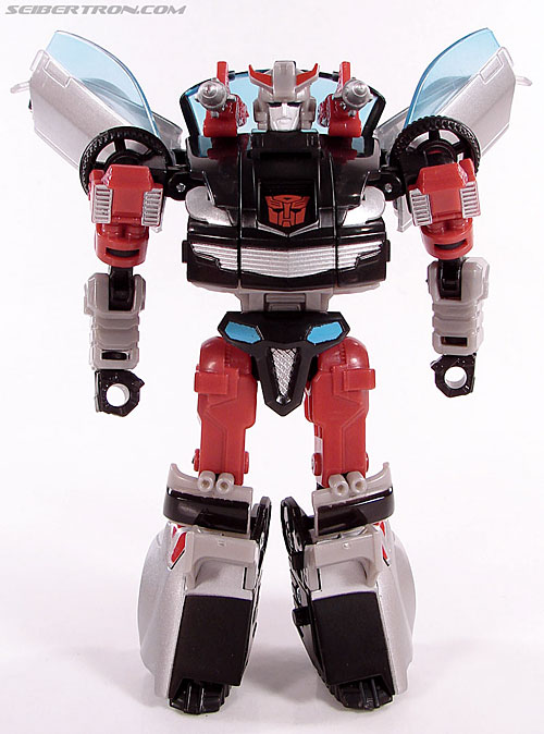 Transformers Universe - Classics 2.0 Silverstreak (Image #49 of 111)