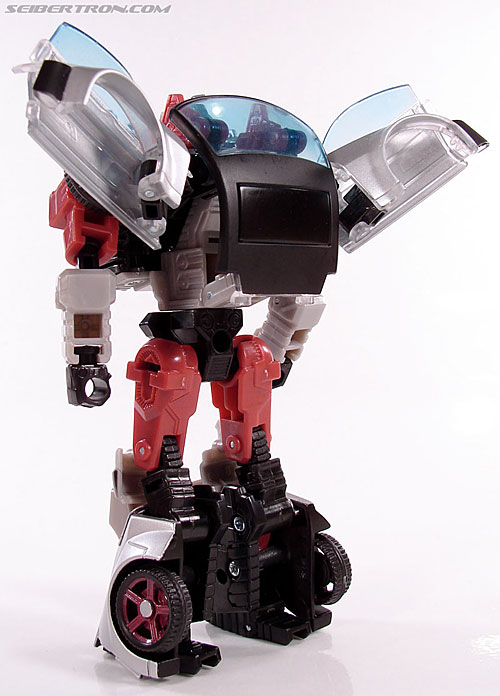 Transformers Universe - Classics 2.0 Silverstreak (Image #60 of 111)