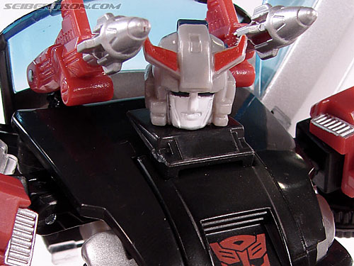 Transformers Universe - Classics 2.0 Silverstreak (Image #81 of 111)