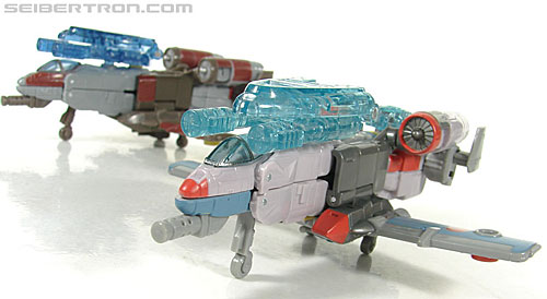 Transformers Universe - Classics 2.0 Skydive (Image #14 of 118)
