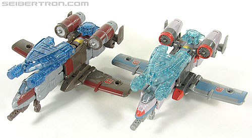 Transformers Universe - Classics 2.0 Skydive (Image #15 of 118)