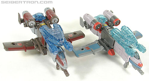 Transformers Universe - Classics 2.0 Skydive (Image #16 of 118)