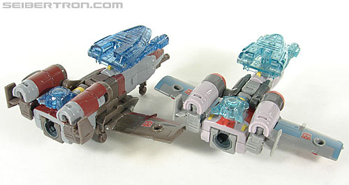 Transformers Universe - Classics 2.0 Skydive (Image #17 of 118)