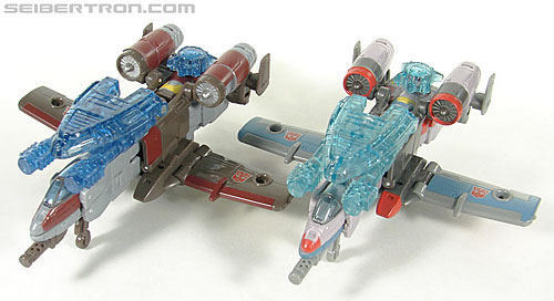 Transformers Universe - Classics 2.0 Skydive (Image #20 of 118)