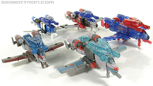 Transformers Universe - Classics 2.0 Skydive (Image #22 of 118)