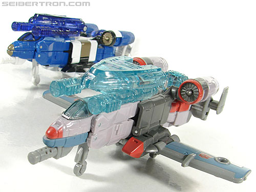 Transformers Universe - Classics 2.0 Skydive (Image #38 of 118)