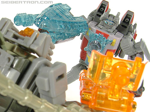 Transformers Universe - Classics 2.0 Skydive (Image #117 of 118)