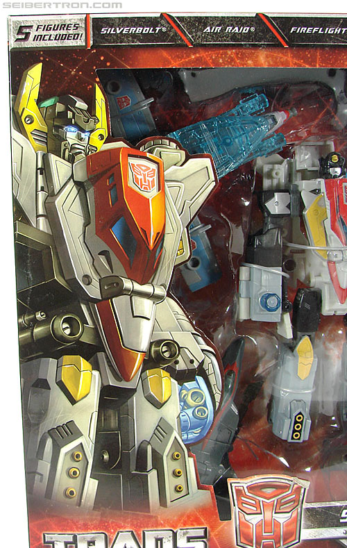 Transformers Universe - Classics 2.0 Superion (Image #7 of 139)
