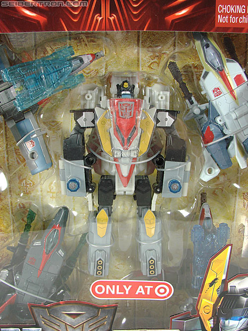 Transformers Universe - Classics 2.0 Superion (Image #36 of 139)