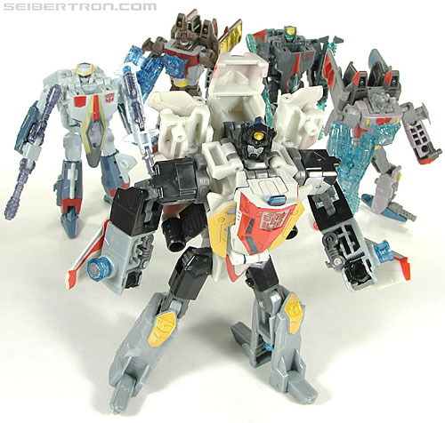 Transformers Universe - Classics 2.0 Superion (Image #64 of 139)